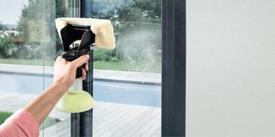 Kärcher Fenstersauger Scheibe einsprühen